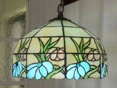 Stained Glass Lamp Shades, Tiffany Stained Glass, Stained Glass Windows, Glass Bottle Crafts, Vintage Lamps, Window Panels, Lamp Design, Fused Glass, Night Light