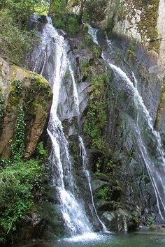 Portuguese Culture, Location Scout, Visit Portugal, Beautiful Places To Visit, Nature Photos, Portal, Natural Beauty, Road Trip, Earth