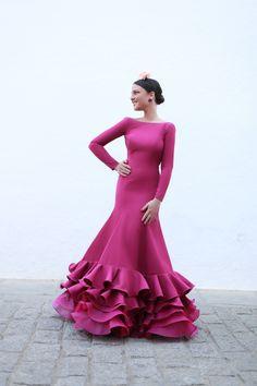 Glam Dresses, Unique Dresses, Formal Dresses, Flamenco Costume, Dress To Impress, Designer Dresses, Barbie, Hair Beauty, Classy