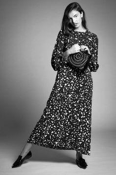 Catherine in #GiambattistaValli dress, #Alaia clutch & #Celine loafers for Vérité Published | #VeriteVibes