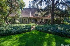 2750 Laurel Dr, Sacramento, CA, 95864 Kim Pacini-Hauch & Co.  Storybook Tudor with newly installed park-like backyard landscaping! Grand great room, chef's kitchen, 6 bedrooms.
