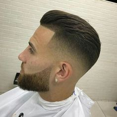 Want to cut your hair, use these best professional hair clippers is part of Mens hairstyles - Cool Hairstyles For Men, Hairstyles Haircuts, Haircuts For Men, Mens Hairstyles Fade, Modern Haircuts, Mid Fade Haircut, Gents Hair Style, Barber Haircuts, Beard Haircut