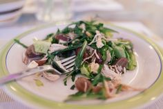 Grape and Chicken Salad // Crisp rocket with feta, walnuts, chicken and juicy grapes // http://desiredcooking.com/recipes/grape-and-chicken-salad