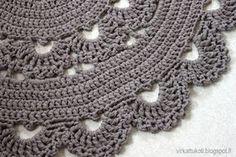 Crochet Doily Rug, Knit Crochet, Crochet Patterns, Learn To Crochet, Free Pattern, Crochet Necklace, Quilts, Knitting, Earrings