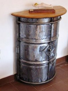advantages of using recycled furniture Barrel Furniture, Metal Furniture, Industrial Furniture, Pallet Furniture, Cool Furniture, Oil Barrel, Metal Barrel, Drum Craft, Online Home Design