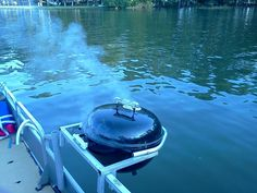 Awesome Pontoon Boat Grill Ideas - Go Travels Plan Boat Bbq, Boat Grill, Boat Dock, Pontoon Party, Pontoon Boat Accessories, Camping Accessories, Wooden Speed Boats, Party Barge, Tracker Boats
