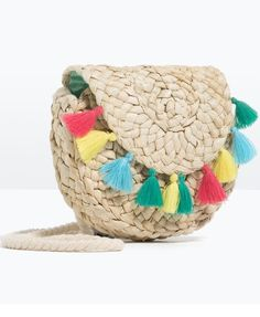 A spring and summer accessory trend we can really get behind? Preppy straw bags. Click to shop our favorites.
