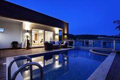 Gorgeous luxury pool by night #Luxury #HomeDesign #HomeDecor #Home #Property #RealEstate #EstateAgent #الملكيه #Realtor #ترف #Design #Turkey #Özellik #Lüks #Ev #Zoopla #Properties #UnitedArabEmirates #UAE #Dubai #Qatar #Bahrain #Properties #DreamHouse #Architecture #Building #Tepilo #Luxe #Lifestyle #Photography