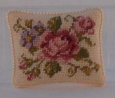 Gullvie Larsson, Ett Dockhem (A Doll's House) - pettipoint pillow Mini Mini, Cushions, Pillows, Needlepoint, Embroidery Patterns, Tatting, Needlework, Cross Stitch, Artisan