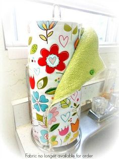 Replace your paper kitchen towels with a cute reusable alternative. Each towel is made from a cotton print of your choice and backed with a coordinating terry cloth. Each side has 3 snaps for support