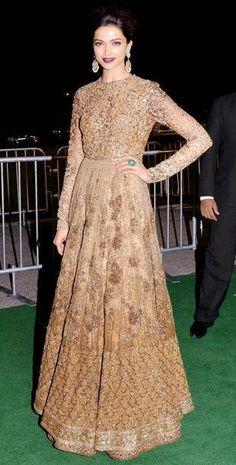 #Deepikapadukone #Bollywood #Diva #Stunning #Redcarpetlook #iifa2014 #Indianroots
