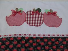 Barred and Fruit Theme Templates of all kinds for tea towels This Fall/Winter fashion Cute Sewing Projects, Sewing Crafts, Dish Towels, Tea Towels, Handmade Crafts, Diy And Crafts, Hot Pads, Applique Designs, Cool Gadgets