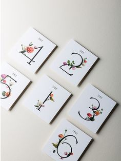 Simply gorgeous ideas for the minimalist bride.                                                                                                                                                                                 Más