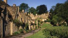 Bibury cottages, Gloucestershire