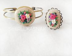 "1,017 Likes, 39 Comments - 💫sihirli_kasnak 💫 (@sihirli_kasnak) on Instagram: ""Çiçek bahçesine döndük yineeee🤗🌸🍃 . . #sihirli_kasnak #handmade #vscocam #pembeaşkı #flowers…"""