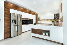 Does the kitchen interior change from season to season? And although this seems impossible, there are still kitchen trends that should be remembered in the fall European Kitchens, Luxury Kitchens, Modern Kitchen Design, Interior Design Kitchen, Home Decor Kitchen, Kitchen Furniture, Kitchen Trends, Mocca, Design Moderne