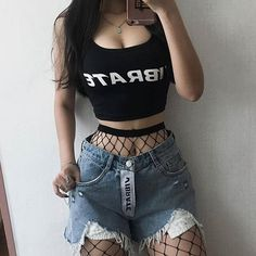 Pin by gianna on outfits in 2019 gotik modası, giyim, kıyafe Grunge Outfits, Hipster Outfits, Edgy Outfits, Korean Outfits, Grunge Fashion, Gothic Fashion, Look Fashion, Korean Fashion, Fashion Outfits