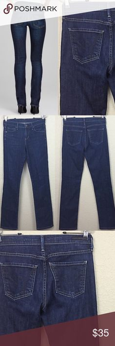 """Citizens of humanity jeans Citizens of humanity straight leg mid rise jeans size 26 no damages $190 inseam 30 1/2"""" Citizens of Humanity Jeans Straight Leg"""