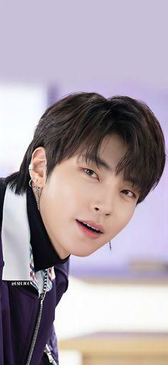 Korean Male Actors, Handsome Korean Actors, Couple Aesthetic, Film Aesthetic, J Pop, Korean Drama Songs, Celebrity Memes, Mode Kpop, Raining Men