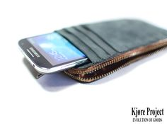 Genuine leather, worked only by hand!!  www.kjoreproject.com/wallets  #kjøre #photo #friends #iphone #apple #samsung #handmade #accessories #wallet #wallets #vibram #shoes #backpacks #denim #canvas #premium #newzealand #natural #tanned #evolution #leather #love #minimal #design #pitti #pu90 #italy #florence @kjoreproject