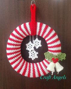 Christmas Wreath Hanging Decoration 22 cms KNITTING PATTERN Robin and Bells