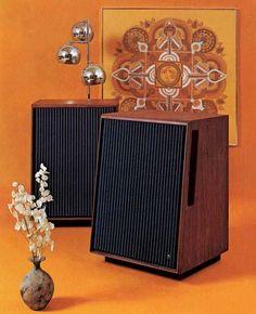 Audiophile Speakers, Diy Speakers, Hifi Audio, Built In Speakers, Stereo Speakers, Bluetooth Speakers, Audio Design, Speaker Design, Audio Room