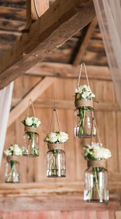 Planning a rustic wedding for the summer? Check out this collection of 22 Wedding Details and Decorations—including inspiration for everything from burlap decor to romantic wooden signs. #weddingdecoration