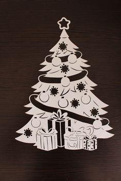 Вытынанки шаблоны трафареты для вырезания | ВКонтакте Christmas Stencils, Christmas Doodles, Christmas Drawing, Christmas Labels, Easy Christmas Crafts, Christmas Svg, Christmas Window Decorations, Xmas Ornaments, Paper Crafts Origami