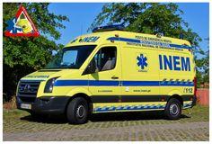inem portugal - Google Search Emergency Response, Ambulance, Portuguese, Portugal, Health Care, Medical, Van, Google Search, Medicine