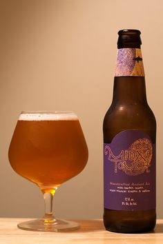 Dogfish Head Midas Touch  |  Herbed / Spiced Beer  |  9% ABV  |  Milton, DE