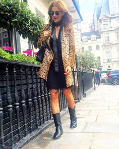 «Walking in London with my 10 yrs old son being the photographer . Could I be any luckier than that Ramona Filip, Walks In London, Giovanna Battaglia, Sons, Victoria, Stylish, Instagram Posts, People, Sweaters