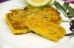 Saganaki- gebackener Käse <3  Saganaki- pan fried cheese <3  http://www.vivalasvegans.de/rezepte/vorspeisen/saganaki-gebackener-k%C3%A4se/
