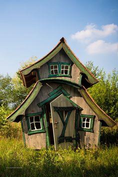 spielhaus f r den garten selber bauen diy anleitung spielhaus2 pinterest. Black Bedroom Furniture Sets. Home Design Ideas