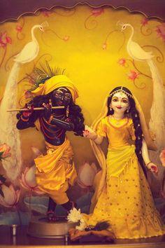 Lord Krishna and Radha Lord Krishna Images, Radha Krishna Pictures, Radha Krishna Photo, Krishna Photos, Krishna Art, Shree Krishna, Yashoda Krishna, Radha Radha, Radhe Krishna Wallpapers