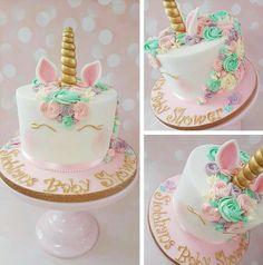 Unicorn Cake Topper with Eyelashes Unicorn Cupcakes Toppers, Unicorn Cake Topper, Unicorn Cakes, Unicorn Birthday Parties, Birthday Cake, Happy Birthday, Gateau Baby Shower, Unicorn Foods, Unicorn Baby Shower