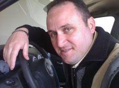 chauffeur livreur Chauffeur, Over Ear Headphones, Morocco