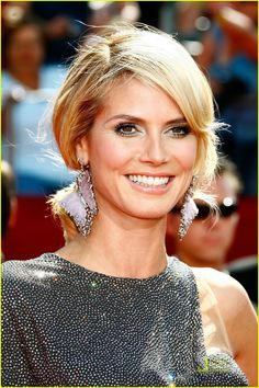 Heidi Klum: Love everything about this look: color, makeup, earrings, hair. Gorgeous.