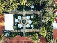 #travelblogger #travel #bloggers #leisure #luxury #fashion #style #styleblogger #vacation #drones #dronestagram #eat #lunch #dinner #breakfast #coffee #sunset #sunrise #views #poolside #thebraziliancourt #hotels #palmbeach #usa #american Wmbw, Eat Lunch, Drones, Palm Beach, Big Ben, Sunrise, Road Trip, Luxury Fashion, Hotels