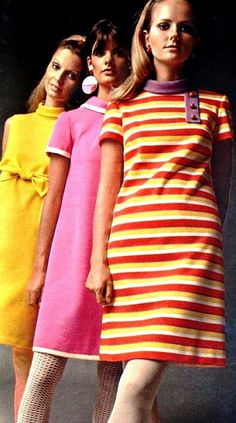 Margriet (Dutch) January 1968 Cheryl Tiegs in the front (image scanned by Magdorable) 60s And 70s Fashion, 60 Fashion, Retro Fashion, Trendy Fashion, Fashion Models, Vintage Fashion, Womens Fashion, Fashion Design, Sporty Fashion