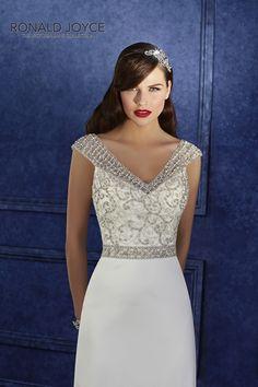 'ODYSSEIA Victoria Jane wedding dress