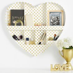 PB Teen Paper Heart Wall Organizer, White with Gold Dots (700 EGP) ❤ liked on Polyvore featuring home, home decor, office accessories, white pen, gold office accessories, paper pen, pbteen and dot pens