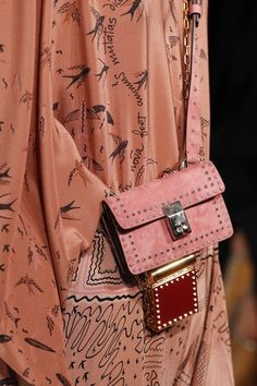 See detail photos from the Valentino Spring 2017 show at Paris Fashion Week.