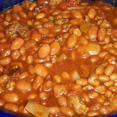 Texas-Style Baked Beans | Sweet and spicy, with lots of ground beef. These ain't your basic baked beans. These are hearty, main-dish baked beans that you make in the slow cooker.