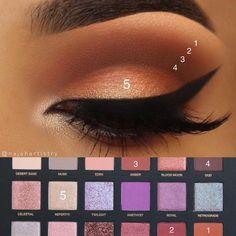 eye makeup and glasses Huda Beauty Makeup, Maquillaje Huda Beauty, Makeup Goals, Makeup Inspo, Makeup Inspiration, Makeup Tips, Eyeshadow Step By Step, Huda Beauty Desert Dusk, Makeup Pictorial