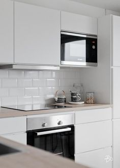 53 Top Modern Scandinavian Kitchen Design Ideas - Page 33 of 53 Home Decor Kitchen, Rustic Kitchen, Home Kitchens, Modern Farmhouse Kitchens, Kitchen Ideas, Eclectic Kitchen, Best Kitchen Designs, Modern Kitchen Design, Interior Design Kitchen