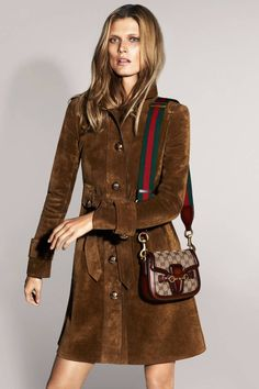 Malgosia Bela is captured by Mert & Marcus for Gucci Spring/Summer 2015 Campaign. Hair by Orlando Pita. Hippie Chic, Boho Chic, Hippie Life, Look Fashion, Fashion Outfits, Womens Fashion, Fashion Design, Fashion Trends, Elite Fashion