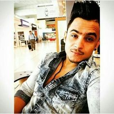 @millindgaba #millindgabamusicmg #mg #millindgaba #millind_gaba #music #keepsupportingmg Player Unknown, Dv A, Big Crush, Cs Go, Best Sellers, Crushes, Ruffle Blouse, Photography Studios, Overwatch