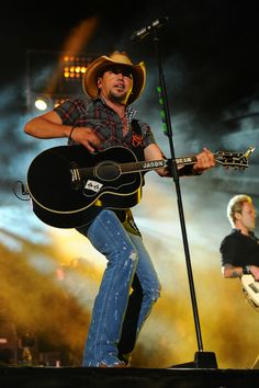 Jason Aldean - Performances at Fenway Park in Boston