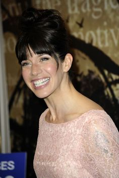 SHE hates watching herself on screen, but loves throwing herself into character. Simon Button meets Caroline Catz, star of DCI Banks and Doc Martin British Actresses, Actors & Actresses, Hottest Female Celebrities, Celebs, Doc Martin Tv Show, Dci Banks, Ana Ortiz, Jennifer Esposito, Kelly Lebrock