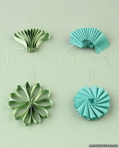 NO tut for these ribbon ornaments.  But they are so simple that the photo is self explanatory.